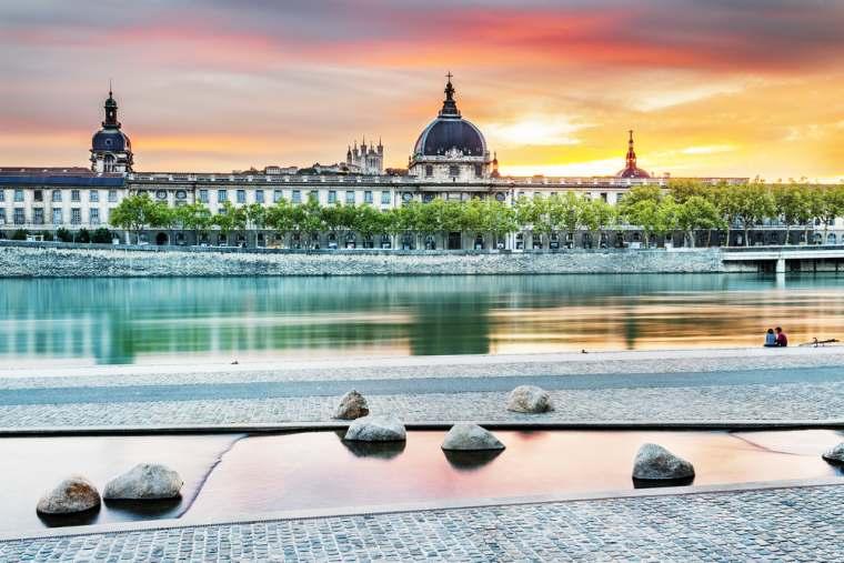 e4c8732627c89b Lyon   le Grand Hôtel-Dieu ouvre le 27 avril !   Vivre Lyon