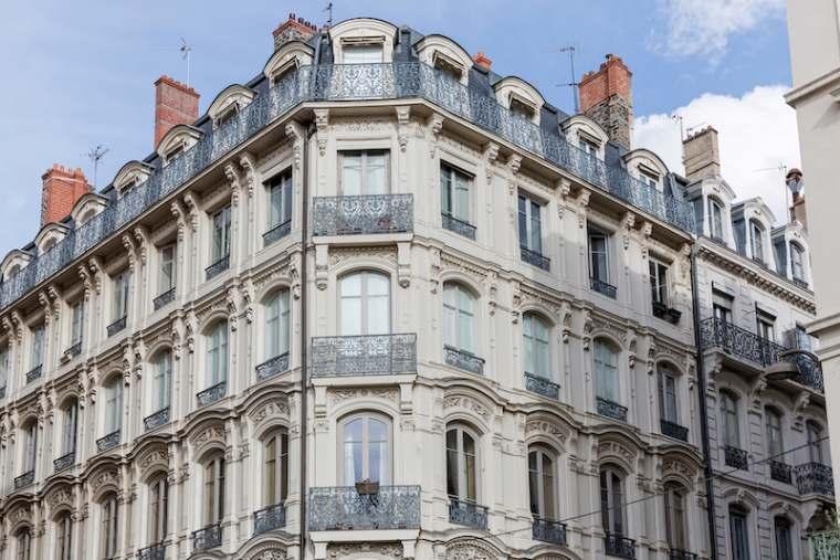 Lyon confiné : la fête aux balcons, c'est ce soir