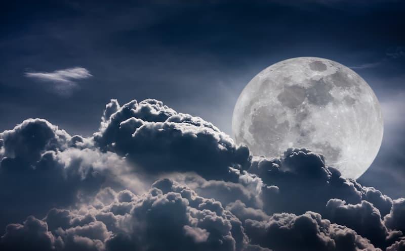 Super Lune des Fleurs : l'évènement immanquable prévu en mai