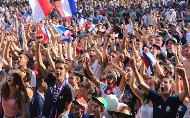 fan-zone-gerland-matmut-stadium-lyon-equipe-de-france-8e-finale-euro-2021