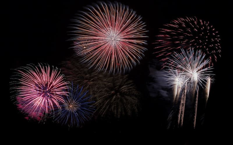 feu-d-artifice-lyon-14-juillet-2021-Brezac